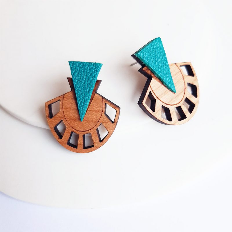 boucles d'oreilles en bois et cuir upcyclé coloris turquoise modèles PALMIER