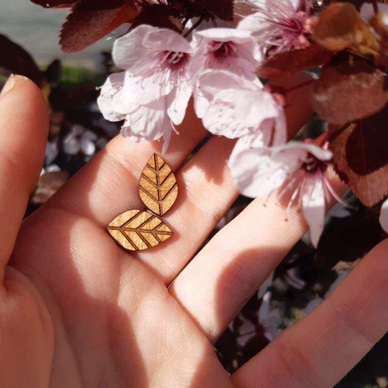boucles d'oreilles en bois boucles d'oreilles puce en forme de feuilles bijoux en bois MARTHO