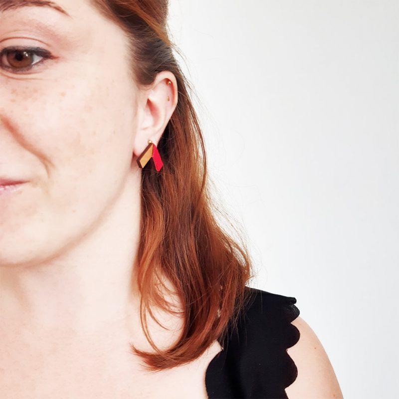 boucles d'oreilles en bois upcyclé modèle ZERO bijoux zéro déchet
