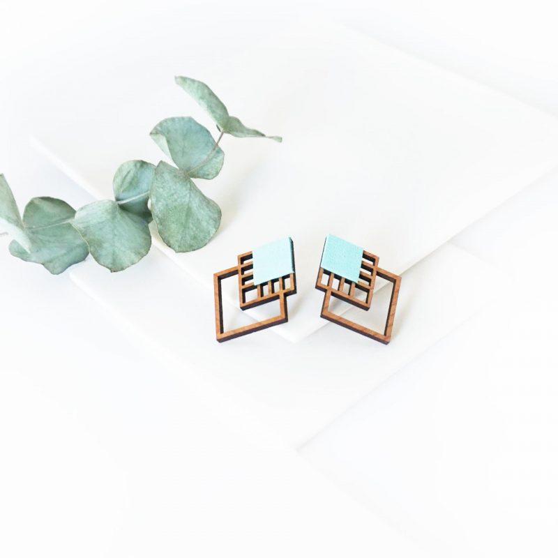 bijoux en bois découpé et gravé au laser MARTHO RUBIKS cuir upcyclé mint