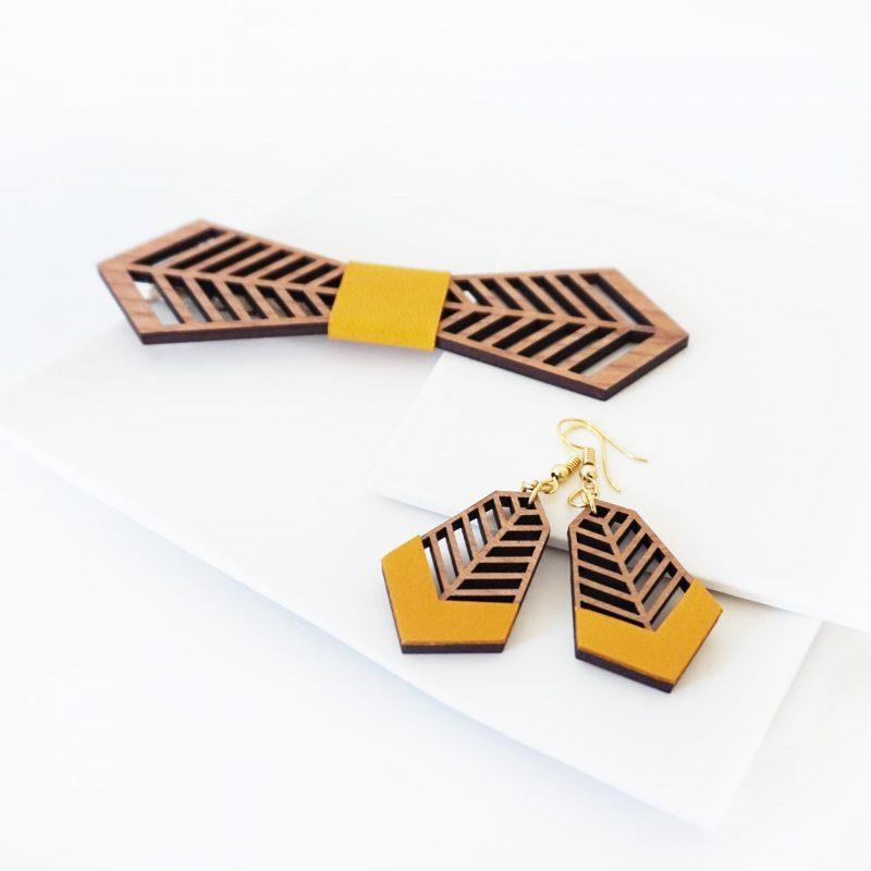 bijoux en bois boucles d'oreilles en bois noeud papillon en bois FANTAISISTE MARTHO cuir upcyclé jaune