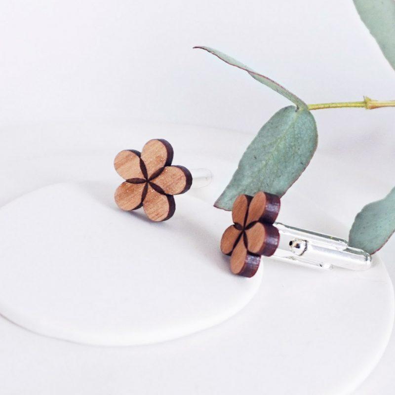 boutons de manchette en bois en forme de fleur MARTHO