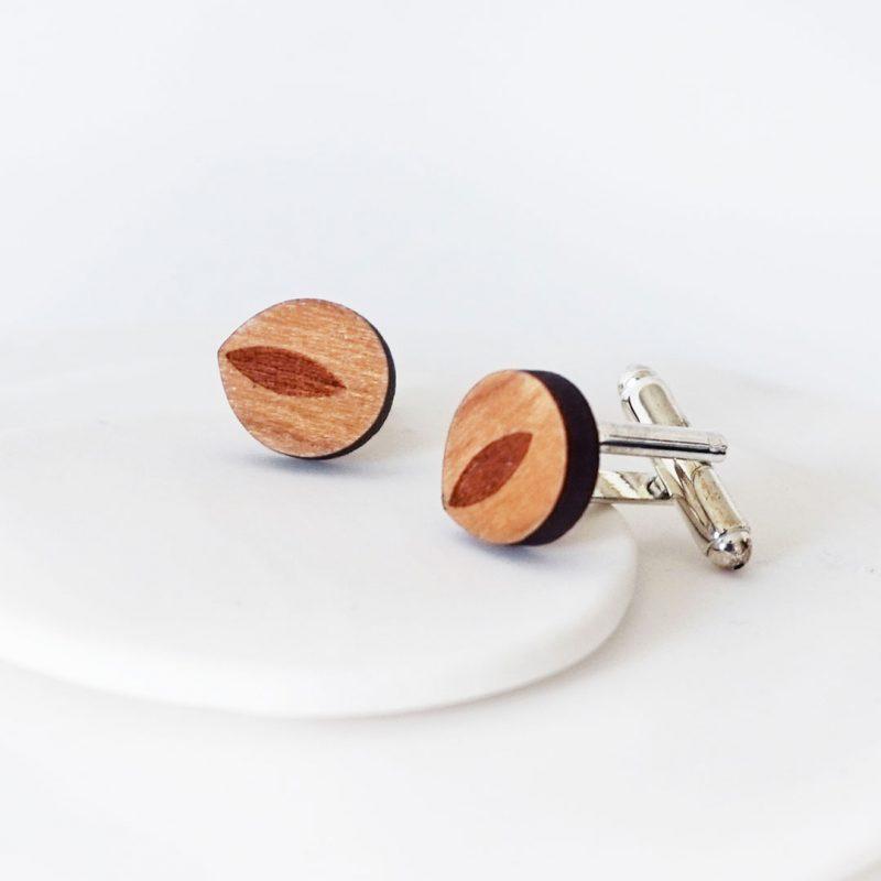 boutons de manchette en bois découpé et gravé au laser MARTHO les bucoliques