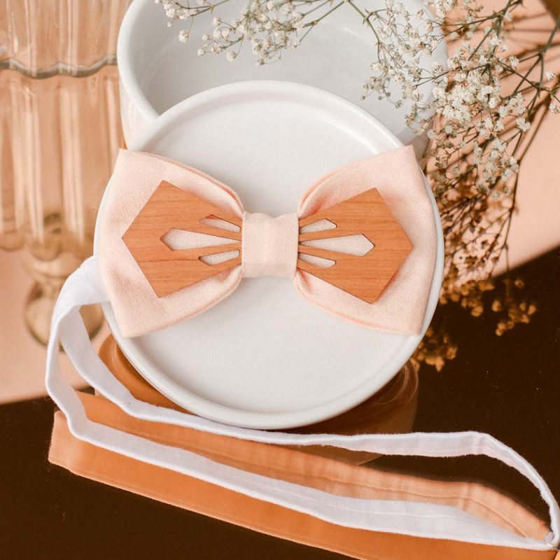 noeud papillon en bois et tissu personnalisable idéal pour les mariages NODARE